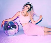 Festimania vous présente la robe disco