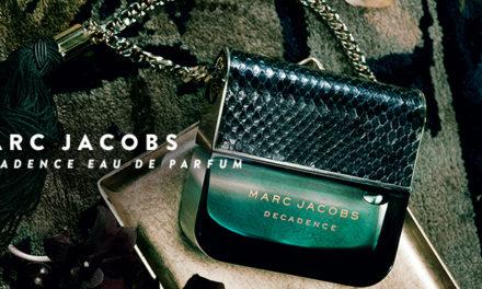 Pourquoi le flacon joue-t-il un rôle important dans le succès d'un parfum féminin ?