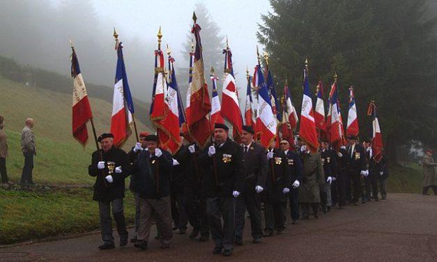 Le rôle honorifique d'un porte-drapeau