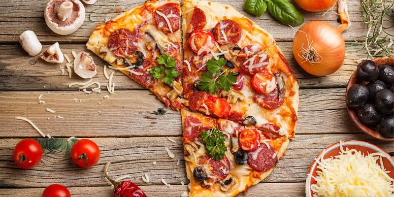 Pizza fraiche disponible en livraison plateau repas