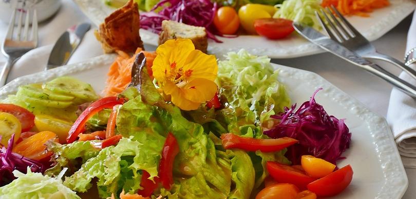 Une bien belle salade de légumes.