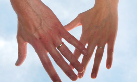 Le choix des alliances de mariage, une étape importante dans la vie d'un couple