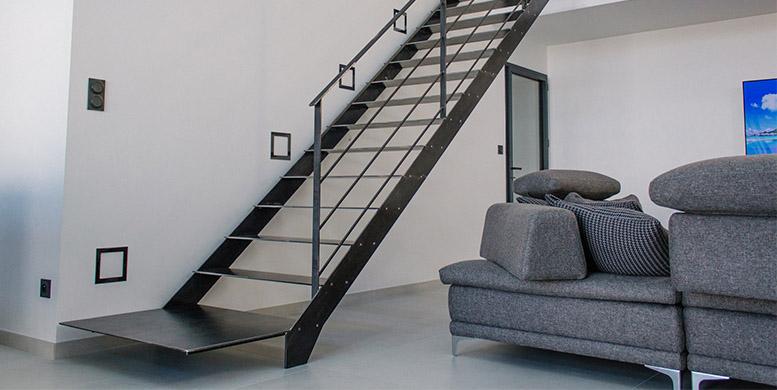 Modernisez votre intérieur avec un escalier design en métal