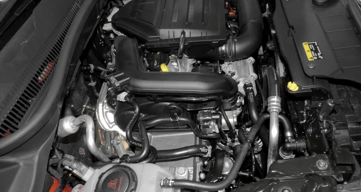 Aide mécanique en ligne: la meilleure solution pour réparer seul sa voiture